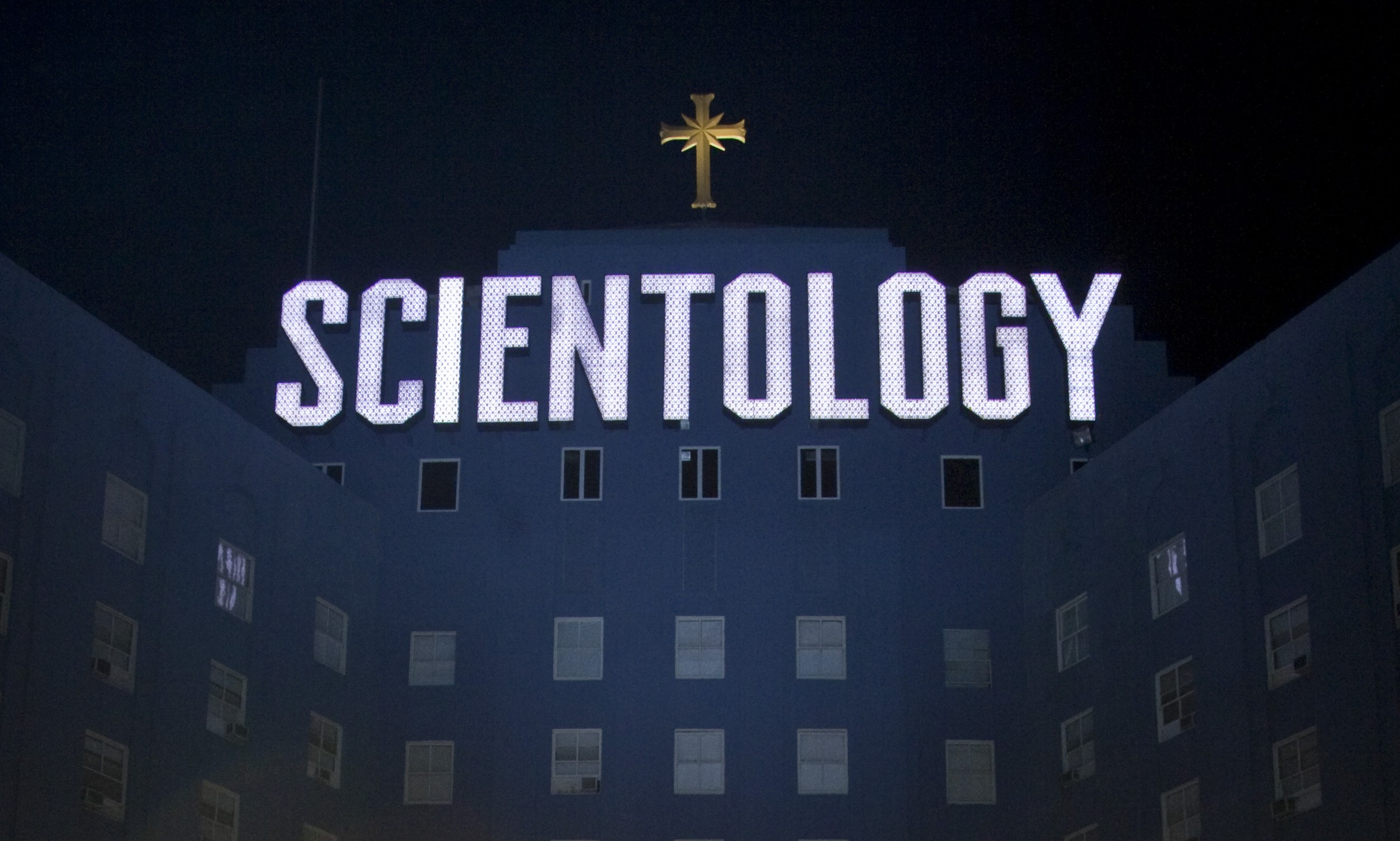 Eglise de Scientologie-Big_Blue-Los Angeles