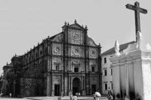 basilica_of_bom_jesusold_goa
